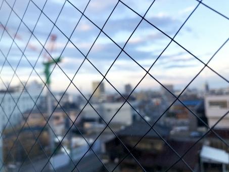 網入りガラスは防犯性能がない!メリットとデメリットとは