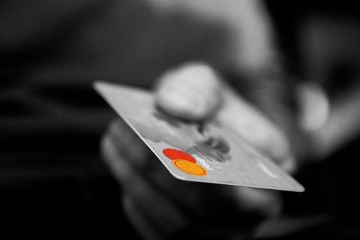 クレジットカードの審査期間と発行日数を短くするためのポイント