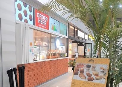 アップライトカフェ(UPLIGHT CAFE)の行き方とシュークリームレビュー/口コミ